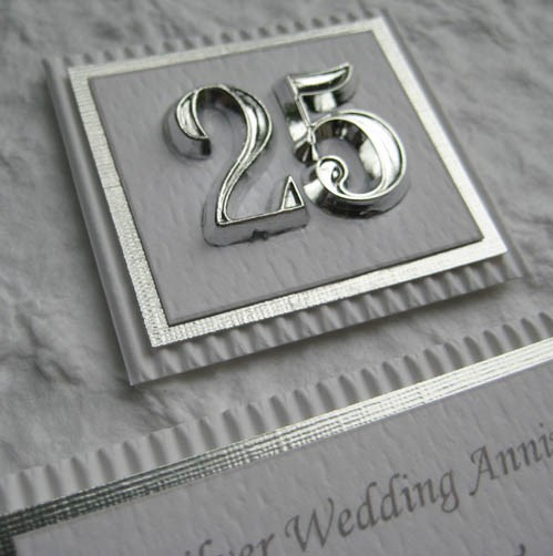 25th-wedding-annivesary-gifts